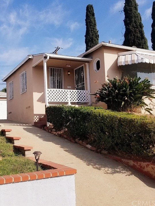 454 Via Luneto, Montebello, CA 90640