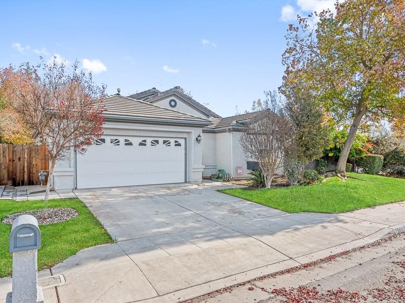 7508 N Gregory Avenue, Fresno, CA 93722