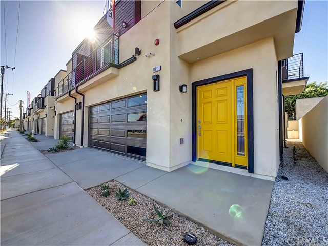909 W Oakwood Street, Montebello, CA 90640