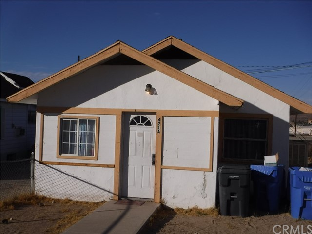 Image 4 of 421 Hutchison St, Barstow, CA 92311