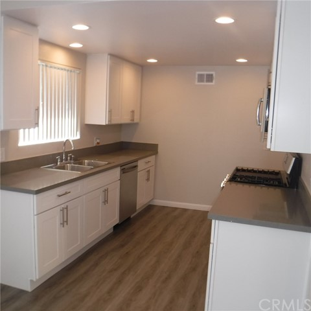 2525 N Bourbon Street T4, Orange, CA 92865