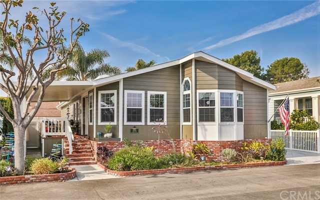 16441  Napili Lane, Huntington Beach, California
