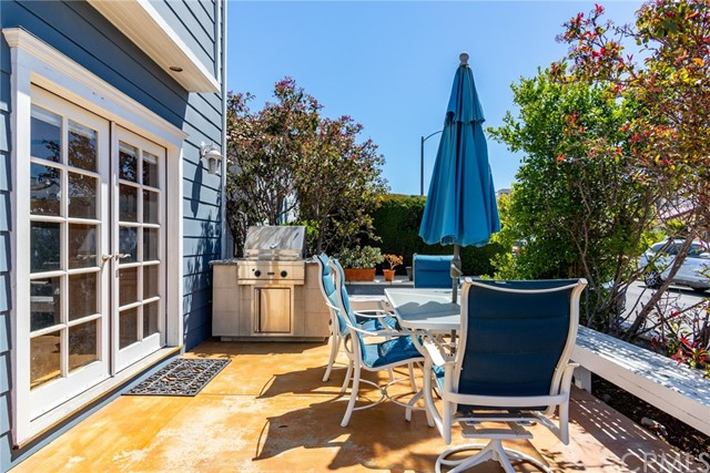 29. 128 Claremont Avenue Long Beach, CA 90803