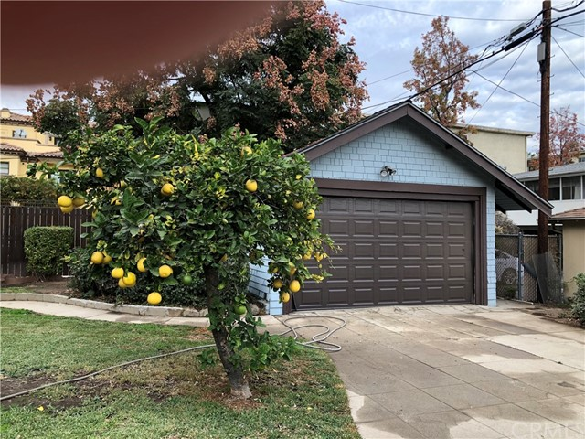 494 S Oakland Av, Pasadena, CA 91101 Photo 2