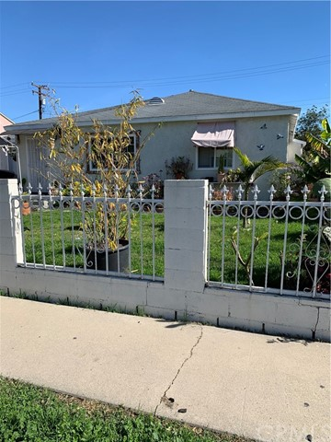 1004 S Nestor Avenue, Compton, CA 90220