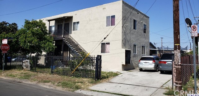 1640 E 49th Street, Los Angeles, CA 90011