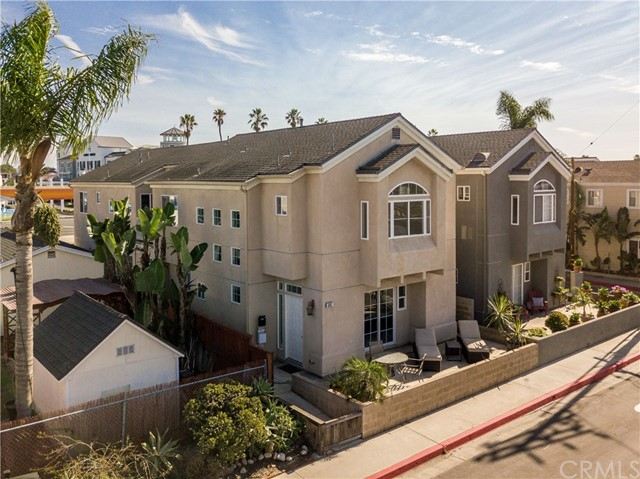 502 Clubhouse Avenue, Newport Beach, CA 92663