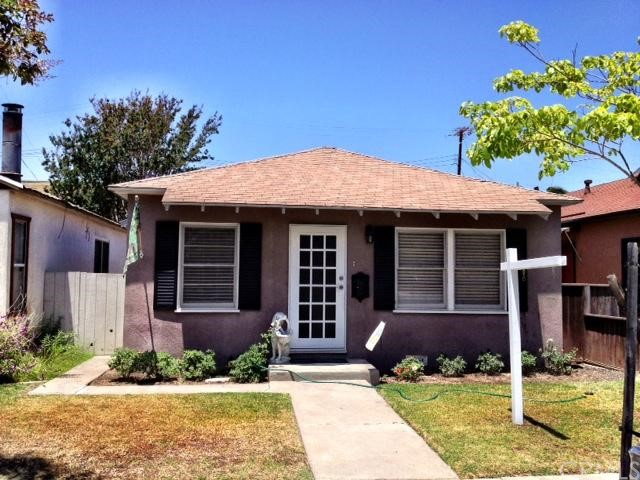 221 4th Street, Seal Beach, California 90740, 3 Bedrooms Bedrooms, ,1 BathroomBathrooms,For Sale,4th,PW13105198