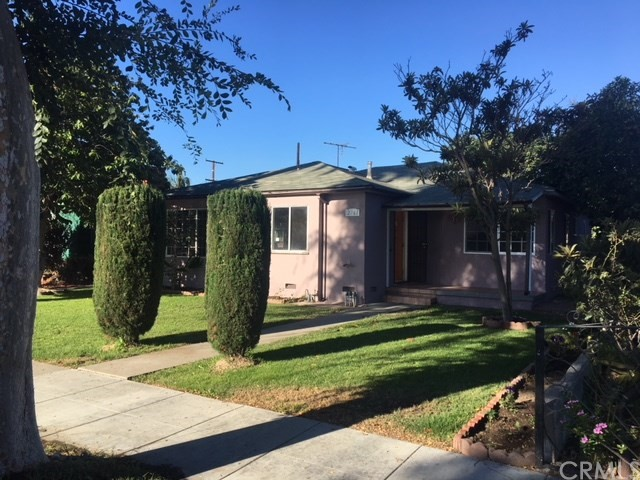 2761 Delta Avenue, Long Beach, CA 90810