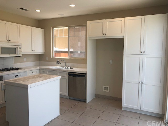 Image 3 for 25 Cottonwood Dr, Aliso Viejo, CA 92656