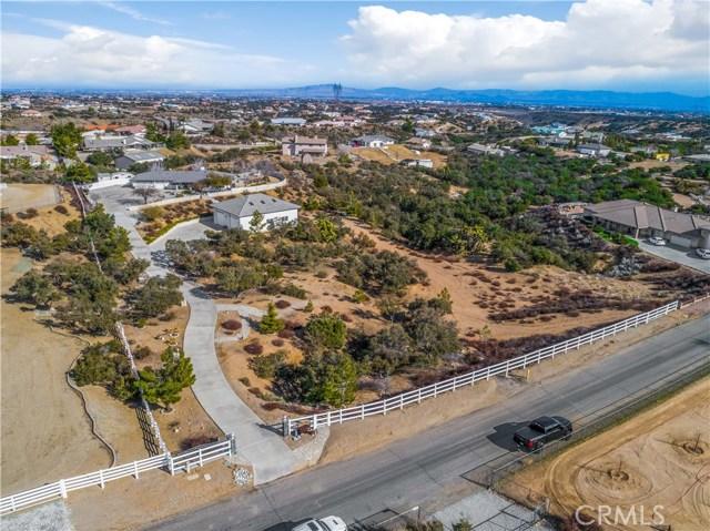10260 Whitehaven St, Oak Hills, CA 92344 Photo 42