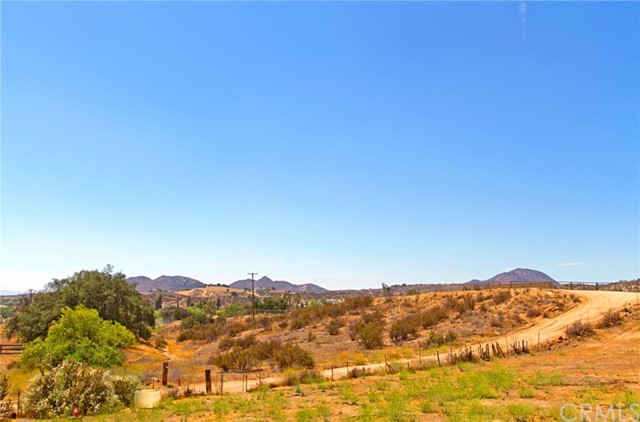 37765 Quarter Valley Rd, Temecula, CA 92592 Photo 3