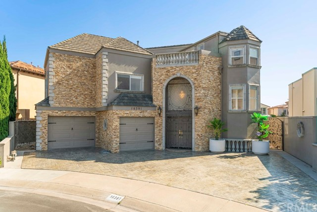 16391  Ardsley Circle, Huntington Beach, California