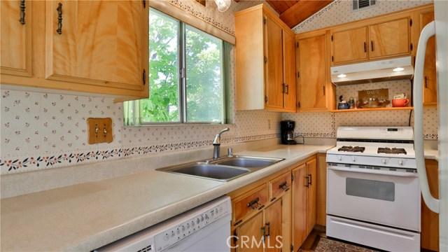 32998 Canyon Dr, Green Valley Lake, CA 92341 Photo 14