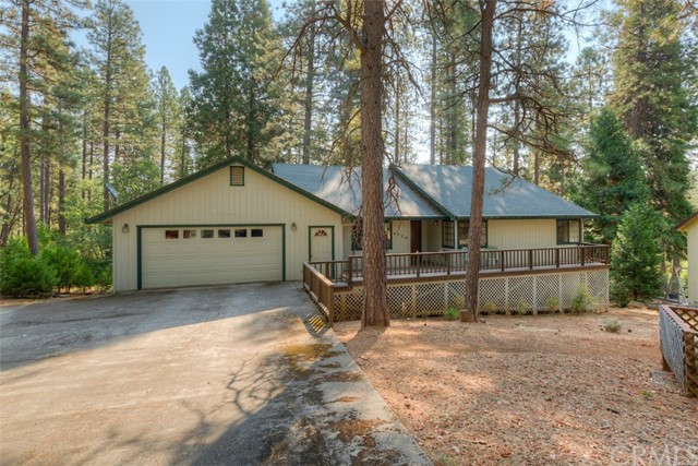 4724 Snow Mountain Wy, Forest Ranch, CA 95942 Photo