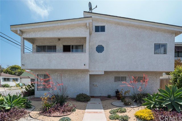1326 Owosso Avenue, Hermosa Beach, CA 90254