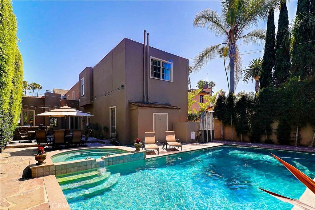 2515   E Ocean Boulevard, Long Beach CA 90803