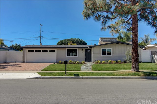 227 Rose Lane, Costa Mesa, CA 92627