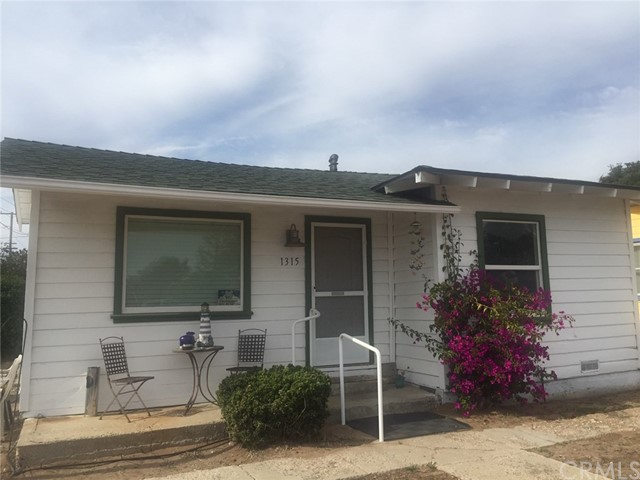 1315 Newport Avenue, Grover Beach, CA 93433