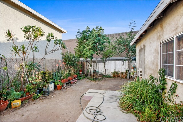 16. 919 Gonzales Street Placentia, CA 92870