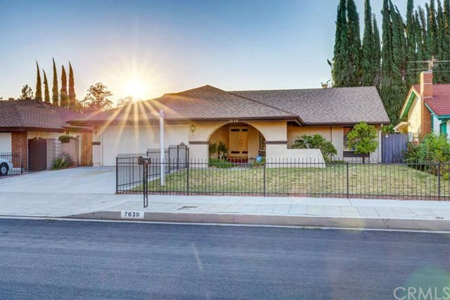 Photo of 7639 Faust Avenue, West Hills, CA 91304