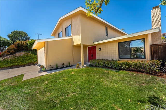 This home is a beautiful 1966 California mid-century design, and it shows.