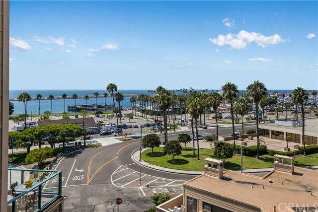 140 The Village 407, Redondo Beach, California 90277, 2 Bedrooms Bedrooms, ,2 BathroomsBathrooms,For Rent,The Village,SB20169583