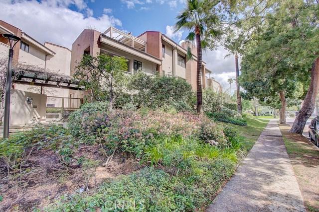 251 S Orange Grove Boulevard 9, Pasadena, CA 91105