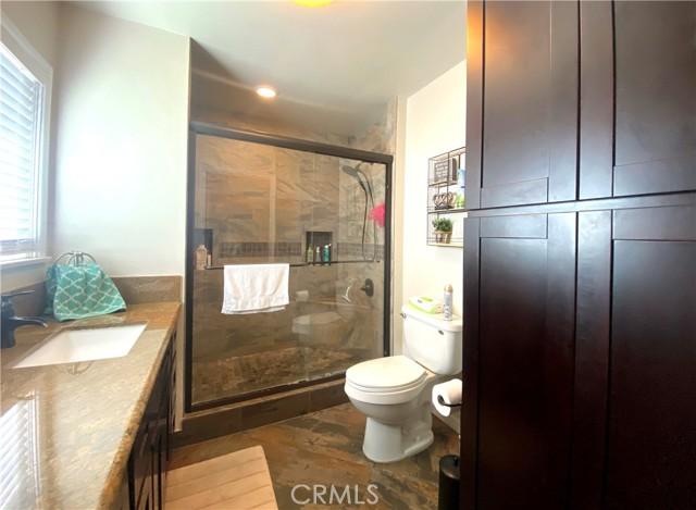 7188 Mango Avenue, Fontana, California 92336, 4 Bedrooms Bedrooms, ,2 BathroomsBathrooms,Residential,For Sale,Mango,CV21226717