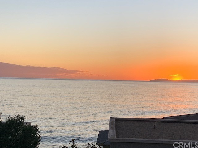31. 970 Gaviota Drive Laguna Beach, CA 92651