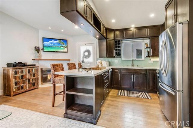 817 Valley Drive, Manhattan Beach, California 90266, 3 Bedrooms Bedrooms, ,2 BathroomsBathrooms,For Sale,Valley,PV20234542