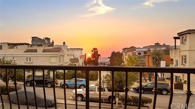 444 Hermosa Avenue 201, Hermosa Beach, CA 90254