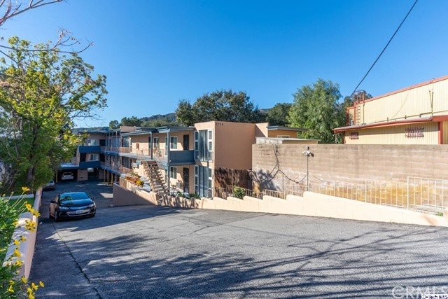 2754 Montrose Avenue, Montrose, CA 91020