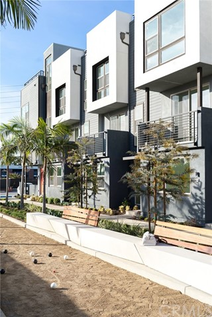 377 Placemark, Irvine, CA 92614