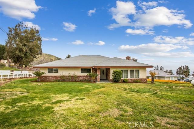 Photo of 1031 Deercrest Drive, San Bernardino, CA 92407
