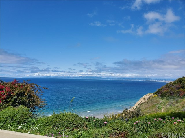 639 Paseo De La Playa 107, Redondo Beach, California 90277, 2 Bedrooms Bedrooms, ,2 BathroomsBathrooms,For Rent,Paseo De La Playa,SB20069850