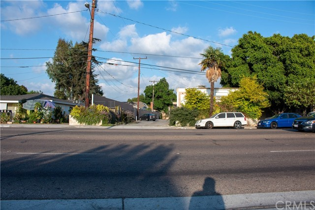 12433 Lambert Road, Whittier, CA 90606