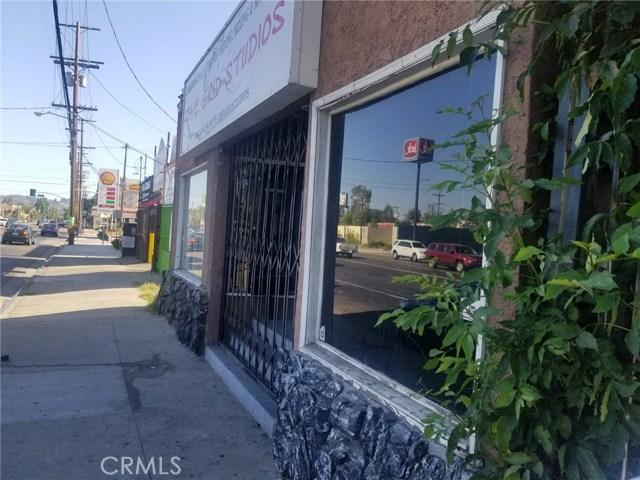 6429 Woodman Avenue, Van Nuys, CA 91401