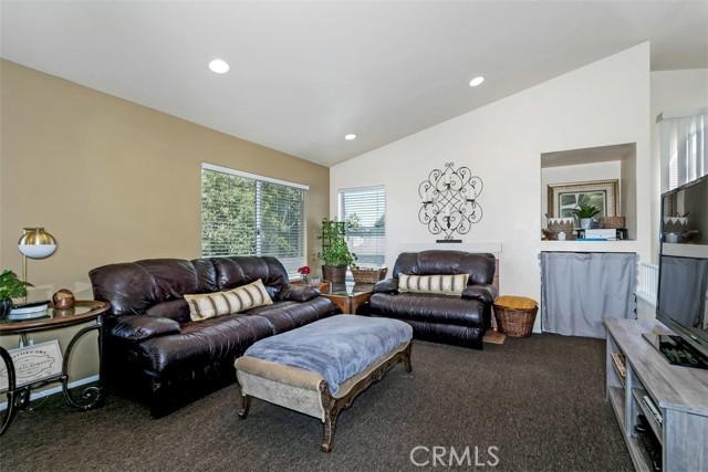 11. 843 Viewtop Circle Corona, CA 92881