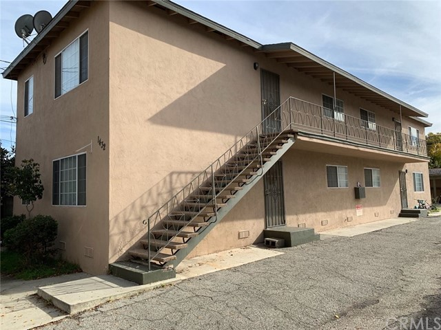 1432 Plaza Del Amo, Torrance, CA 90501