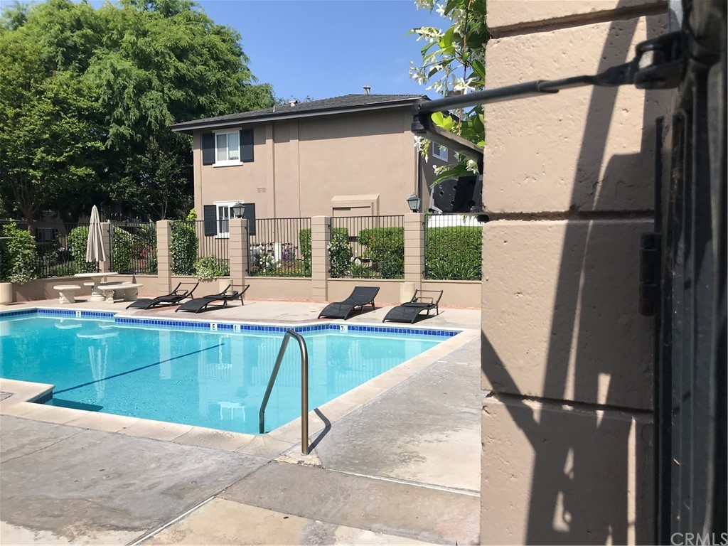 660   S Glassell Street   106, Orange CA 92866