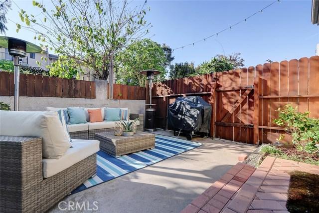 2020 Mathews Avenue, Redondo Beach, California 90278, 3 Bedrooms Bedrooms, ,2 BathroomsBathrooms,Townhouse,For Sale,Mathews,SB19050512
