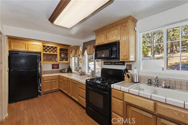701 Oak Knoll Dr, Green Valley Lake, CA 92341 Photo 19