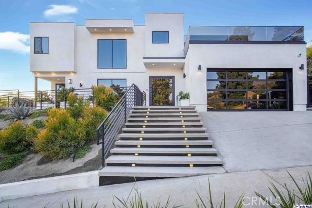 3255 Canyon Lake Drive, Hollywood Hills, CA 90068
