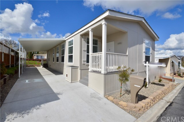 Here's your chance to own a brand new, move-in ready 2019 manufactured home. Located in Villa Margarita Mobile Home Park 55+, this home has three bedrooms, two baths and a den that can be utilized as an arts & crafts room or office. This new home features a large open floor plan, gorgeous granite countertops & hardwood cabinets throughout, 9-ft. flat ceilings and stainless steel appliances. A great location just steps away from the clubhouse, pool & spa. Easy access to shopping, medical assistance, dining, golf and entertainment. This is affordable living on the Central Coast at it's best! Space rent to new buyer is $546 per month and includes water, trash and sewer. Make an appointment to see this lovely home today!