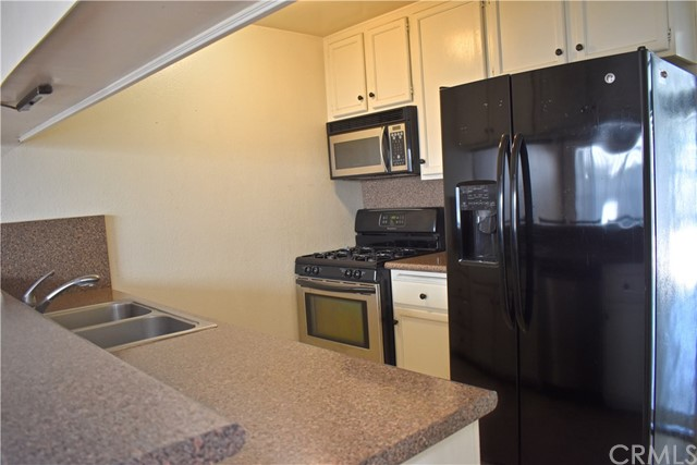 8061 Presidential Wy, Midway City, CA 92655 Photo 10