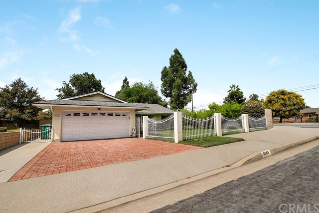 4949 N Castleview Avenue, Covina, CA 91724