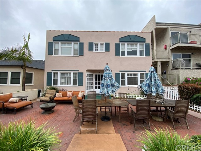 35 16th Court, Hermosa Beach, California 90254, 1 Bedroom Bedrooms, ,1 BathroomBathrooms,For Rent,16th,PW20100530