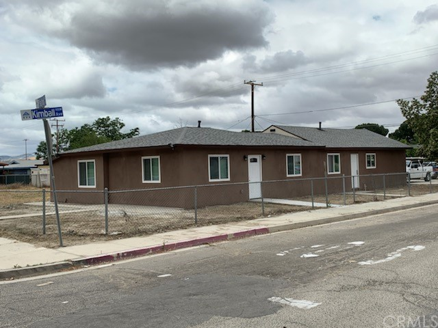 201 S Palm Ave, Hemet, CA 92543