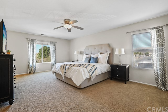 Spacious master bedroom, can add office space or a sitting area